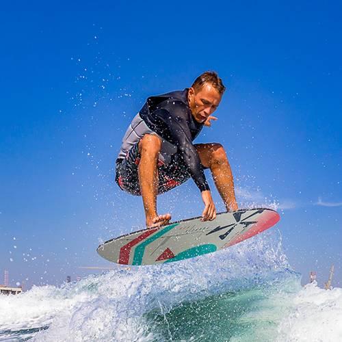 expert wakesurfing dubai sea riders watersports